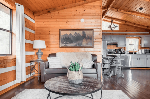 Cabin rental Airbnb Tennessee