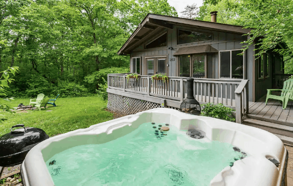 cabin airbnb with hot tub rental