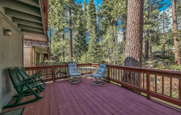 Lakeside cabin rental Nevada
