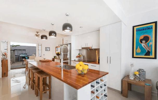 Villa Fullmoon Port Douglas Airbnb