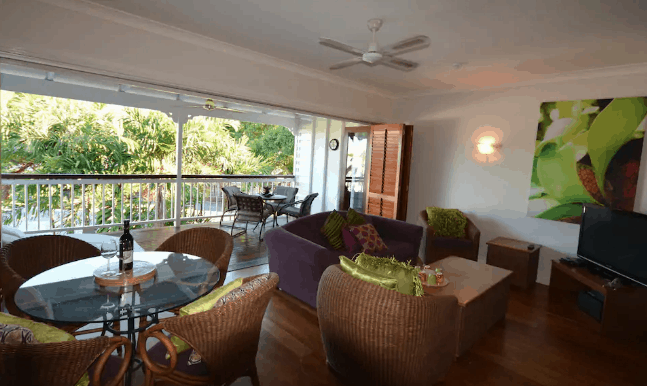 Apartment for rent wicker furniture