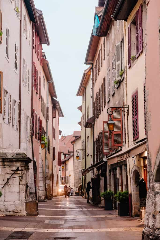 colorful walking streets in Annecy